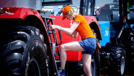 МТЗ поставит в Зимбабве более 430 тракторов до конца лета