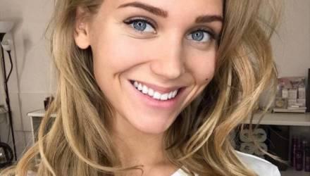 Асмус назвала причину развода с Харламовым, выложив голое фото в Instagram