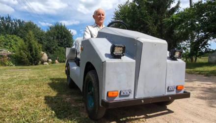 На Гомельщине дедушка построил электромобиль!