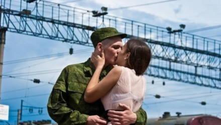 Лукашенко подписал указ об увольнении в запас и призыве на военную службу