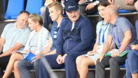 Лукашенко в интервью Гордону заявил, что не хочет, чтобы его сын-оппозиционер Николай стал следующим после него президентом Беларуси