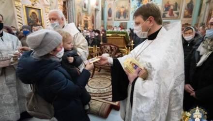 Богослужение в канун праздника Рождества Христова в Гомеле