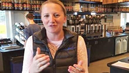 «Отоспитесь на том свете». Белоруска переехала в Америку и открыла там уже три кафе