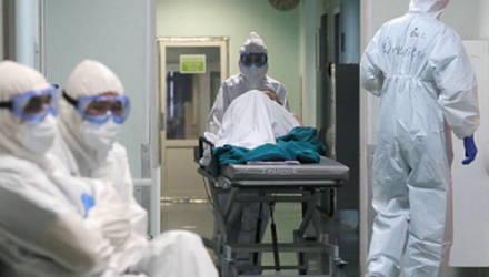 """""""Хуже, чем у любого ужасного курильщика"""": врачи показали фото лёгких пациентов после COVID-19"""