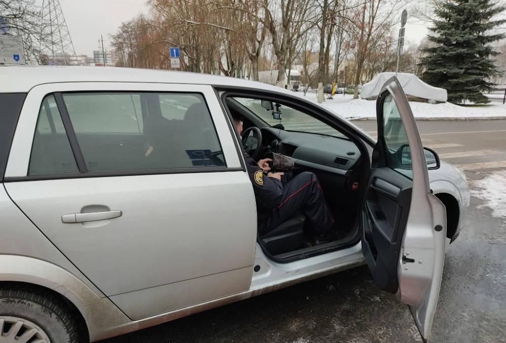 Теперь и в Гомеле. ГАИ начинает осуществлять контроль дорожной обстановки на авто без отличительной оклейки и маячков