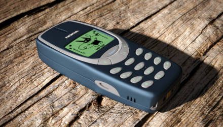 Nokia 3310 взорвалась во время зарядки у белорусского школьника. Но пострадали не руки