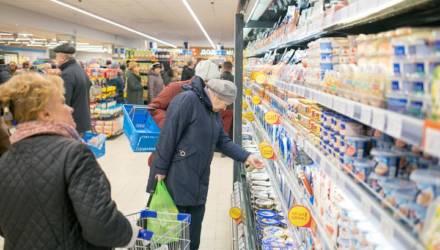 В Беларуси рванули цены на рыбу, курицу, овощи, соль, консервы, лекарства и техосмотр