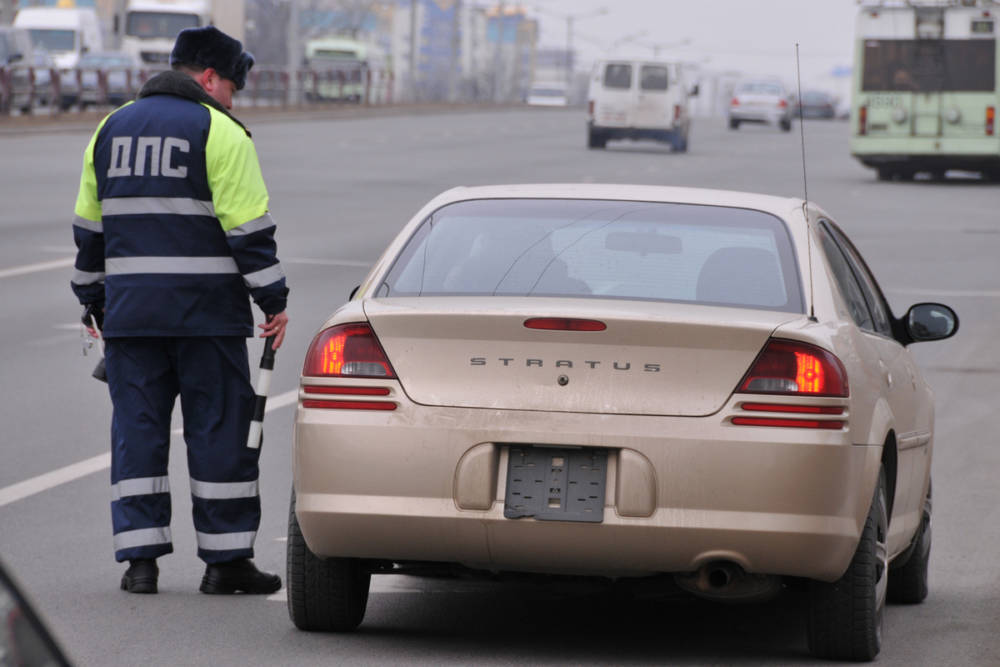 """Инспектор должен поверить водителю на слово, а """"лишенцы"""" больше ничего не скроют. Что принёс новый ПИКоАП"""