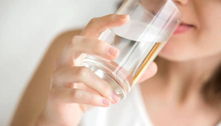 10 простых правил, как пить воду, чтобы похудеть