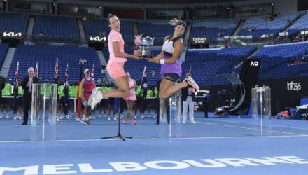Арина Соболенко и Элизе Мертенс победили в парном разряде Australian Open