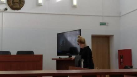 Белорусы пришли поставить подпись под обращением к депутату — и получили от 30 базовых до 15 суток