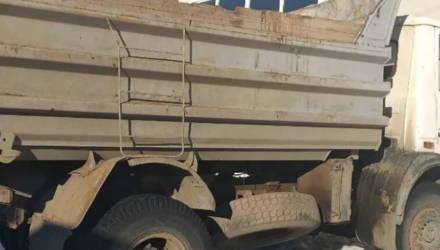 Белорус доработал грузовой МАЗ и экономил дизель. Излишки продавал по рублю