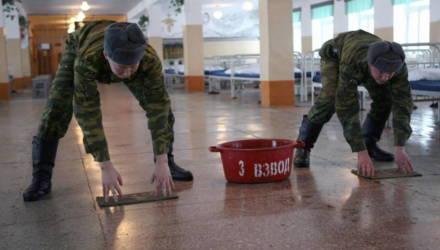 Военкомат поздравил девушек с 8 Марта, предложив отмечать бывших, чтобы их «встретили на призывных пунктах»