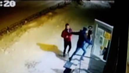 Двое гомельчан совершили грабёж магазина путём открытой кражи спиртного и кофе