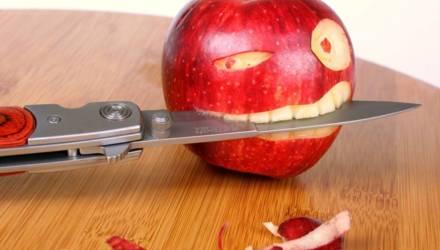 Водитель фуры взялся перевезти яблоки в Гомель, но украл груз