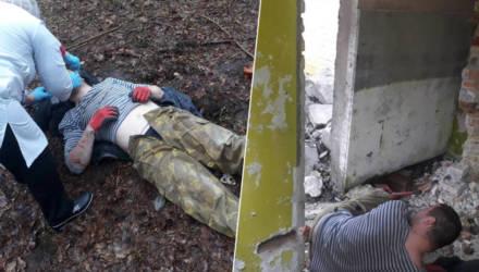 Под Гомелем работники лицея МЧС спасли мужчину, ноги которому зажала упавшая железобетонная плита