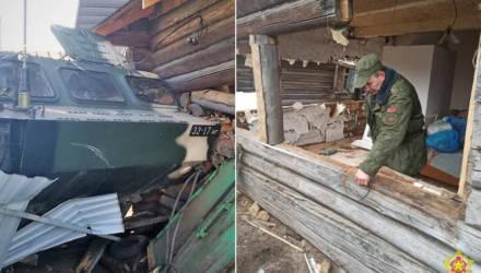 Белорусские военные начали ремонтировать дом женщины, в который въехал их тактический ракетный комплекс «Точка-У»