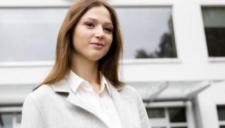 СК возбудил уголовное дело в отношении Александры Герасимени. В доме её родителей проходит обыск