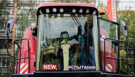 На «Гомсельмаше» рассказали про 400 вакансий, приглашение россиян на работу и зарплаты выше 3600 рублей