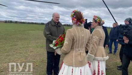 Лукашенко прилетел на Гомельщину и пробудет здесь до понедельника