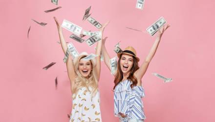 Май 2021 одарит эти знаки Зодиака счастьем и деньгами: избранных лишь четверо