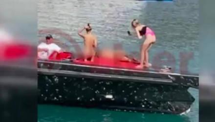 Девушек из Украины задержали в Турции за голые съёмки на борту яхты