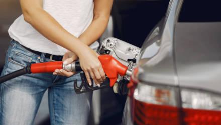 Автомобильное топливо дорожает с 13 мая