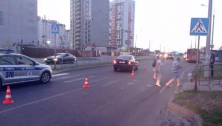 В Гомеле на пешеходном переходе сбили девушку. Понадобилась помощь нейрохирургов