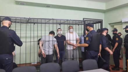 В гомельском СИЗО начался суд над Тихановским, Статкевичем, Лосиком, Цыгановичем, Поповым и Саковым