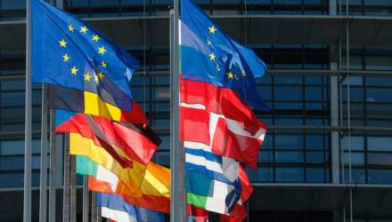 МАЗ, БелАЗ и пресс-секретарь МВД: четвёртый блок санкций ЕС по Беларуси вступил в силу