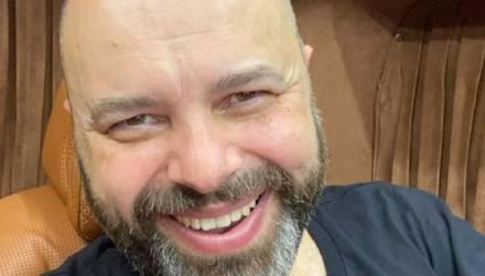 """""""Куда дели кожу?"""" В Сети обсуждают свежее фото Макса Фадеева, похудевшего на 127 кг"""