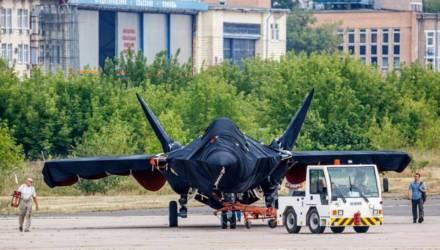Ростех впервые показал фото новейшего истребителя пятого поколения