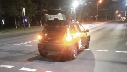В Гомеле автомобиль такси сбил девушку – она в реанимации