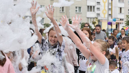 В Гомеле соседи устроили пенную вечеринку под хиты Егора Крида