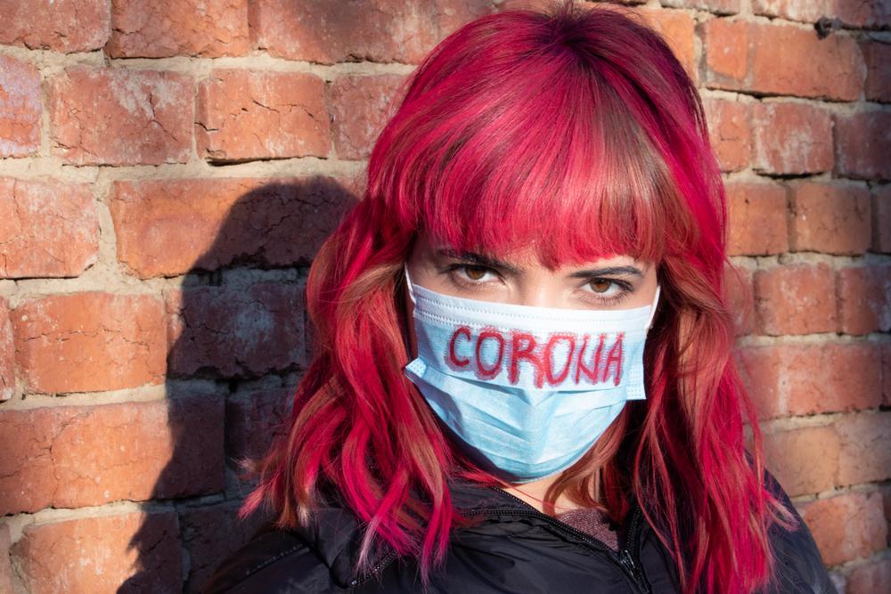 Во всех общественных местах: с 9 октября в Беларуси вводится обязательный масочный режим